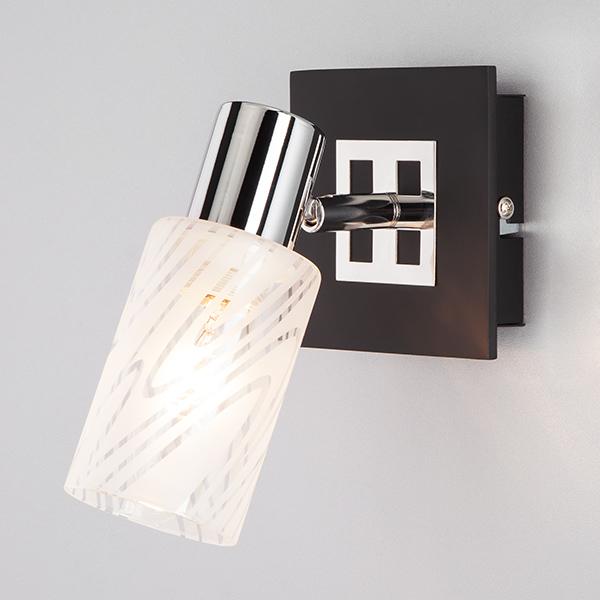 Настенный светильник 20020/1 хром/венге