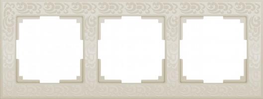 Рамка на 3 поста (слон кость)  FLOCK/WL05-Frame-03-ivory