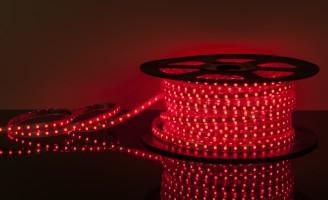 Светодиодная лента 220 V 60 Led 14,4W 5050 IP65 красный